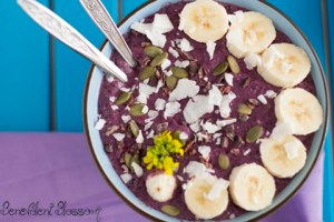 Purple Pleasure Smoothie Bowl | Farr Out Fine Art / The Kitchen Witch